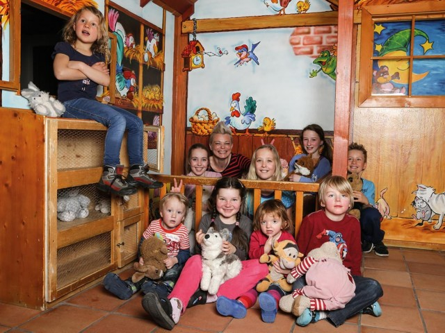 Kinder in Oskars Kinderland